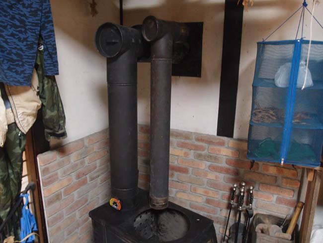 薪ストーブ煙突2つ