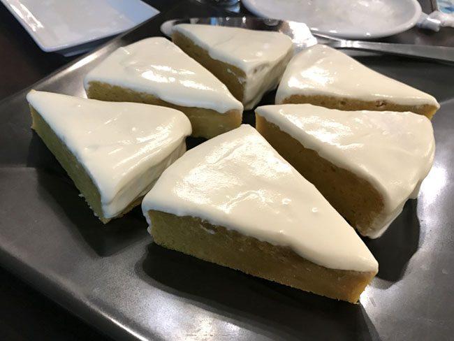 手作りのケーキまで
