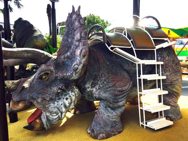 リアルな恐竜