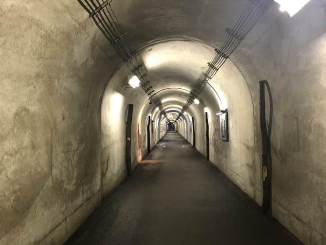 清津峡を見るためのトンネル