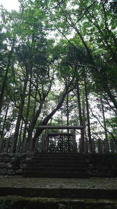 安徳天皇陵墓参考地
